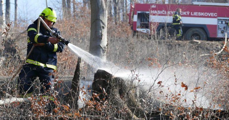 Príčiny požiarov na Kysuciach vyšetrujú