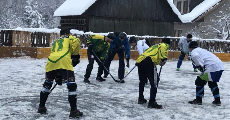 V Povine sa konal už 15. ročník Trojkráľového turnaja v hokejbale