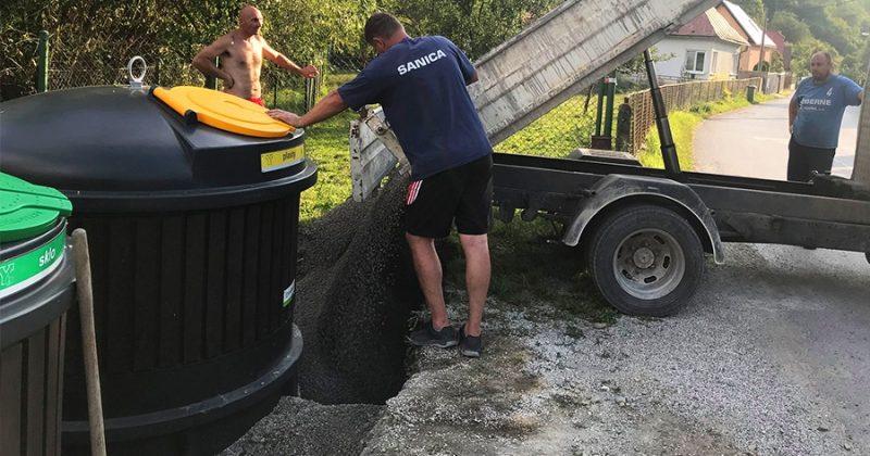 V obci Povina osadili polopodzemné kontajnery, frekvencia vývozu sa vďaka nim zníži